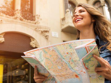 Estes são os 11 piores hábitos dos viajantes: identifica-se em algum?
