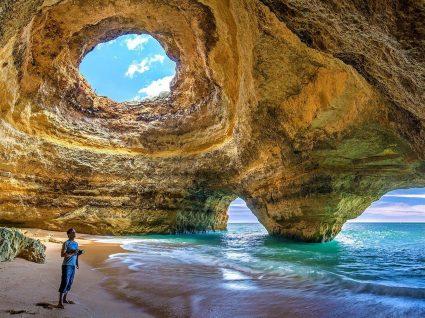 4 praias com água quente em Portugal para mergulhar sem perder o fôlego