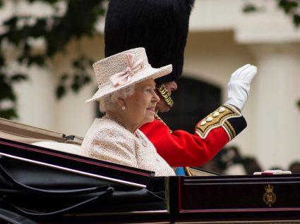 10 regras de etiqueta da realeza britânica que pode adotar já