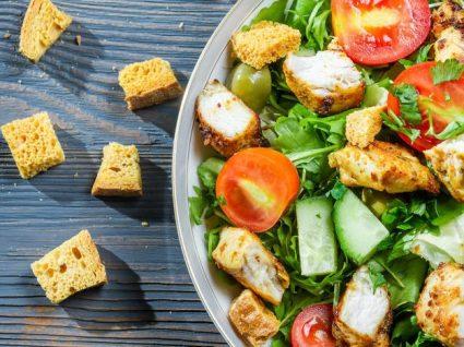 Saladas para comer depois da praia: 5 super nutritivas para um verão fit