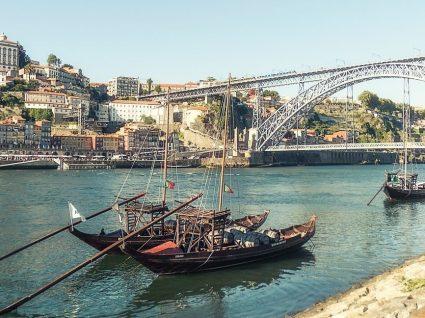 Quer fazer um passeio de barco no Douro? Temos 4 sugestões incríveis
