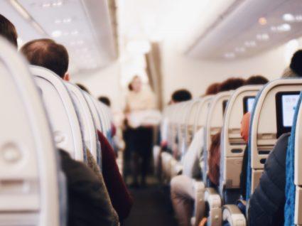 5 dicas simples e infalíveis para entrar e sair mais rápido do avião