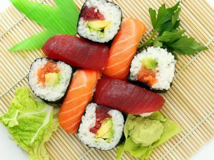 Para que serve o wasabi no sushi?