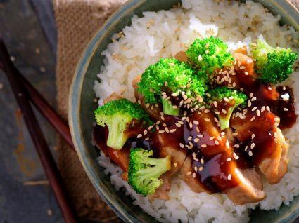 Molho teriyaki caseiro: para peixes, carnes e vegetais