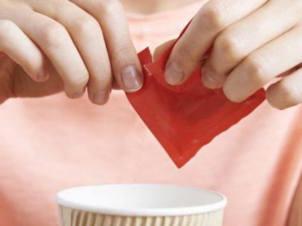 Redução nos pacotes individuais de açúcar para alimentação mais saudável