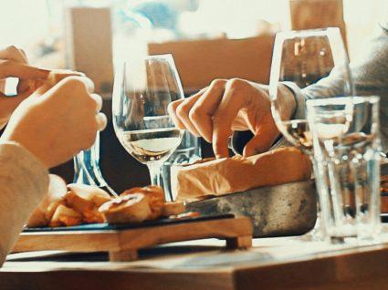 Pagar entradas no restaurante: sim ou não?