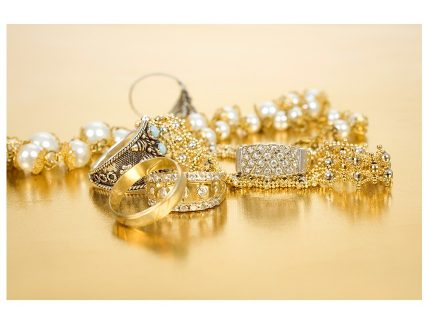 4 cuidados a ter antes de vender joias