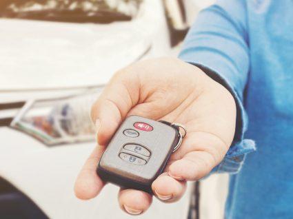 Como negociar um carro usado com o vendedor e fazer uma boa compra