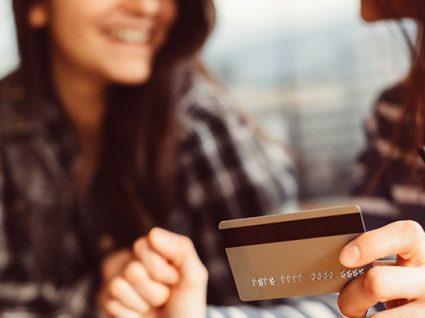 8 bons motivos para abrir uma conta jovem no banco
