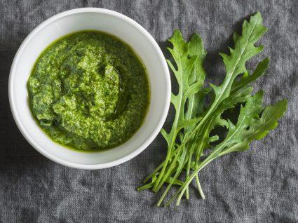 Como fazer esparregado de couve, nabiça ou espinafre