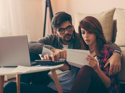 Conheça os benefícios fiscais do casamento