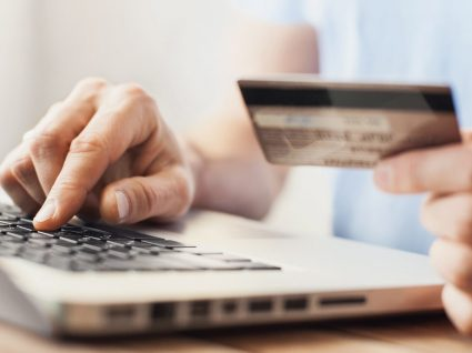 Como fazer transferências bancárias grátis