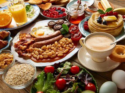Alimentos pouco saudáveis: saiba quais são