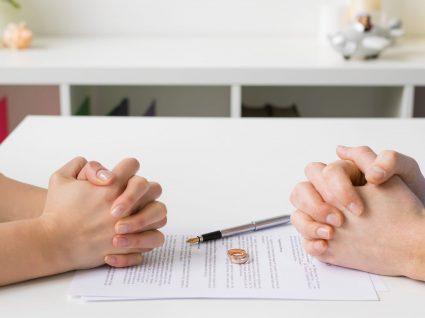 Conheça as 10 profissões que provocam mais divórcios