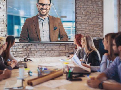 Entrevista de emprego online: estratégias para impressionar