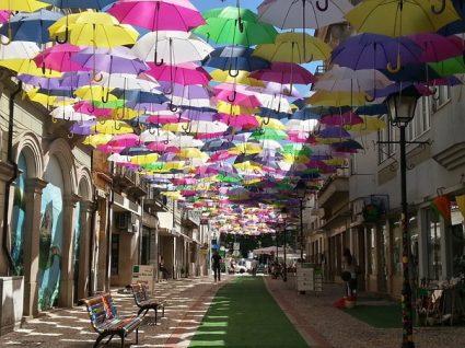 Há três ruas portuguesas entre as mais bonitas do mundo