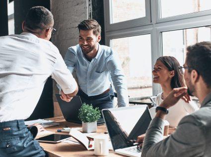 Etiqueta no trabalho: 9 dicas aplicáveis a qualquer profissão