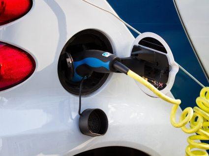 Conheça a opinião de quem tem carro elétrico
