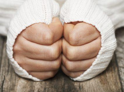 5 dicas para acabar com as mãos frias
