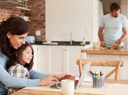 3 em Linha: programa do Governo para conciliar vida profissional, pessoal e familiar