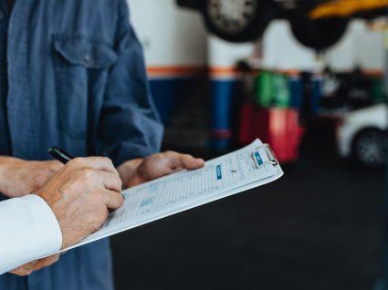 Levar o carro à inspeção será mais caro em 2019. Conheça os novos preços.