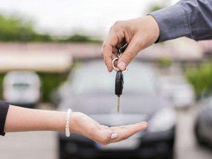 Comprar carro usado a um particular: cuidados a ter