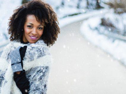 Como ter estilo na neve: looks inspiradores e dicas úteis