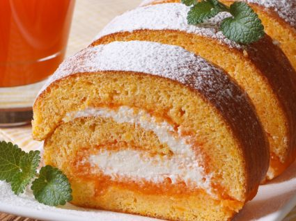 Rolo de cenoura: 5 receitas do bolo que nunca corre mal!