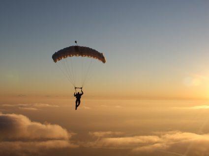 Saltar de paraquedas em Lisboa: saiba onde fazê-lo
