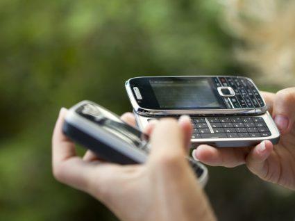 Os 7 melhores telemóveis com teclas