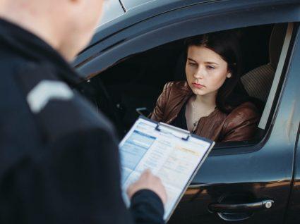 Multa por falta de inspeção automóvel: conheça os valores