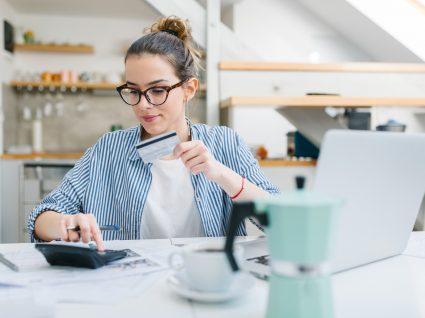 4 dicas de poupança para solteiros