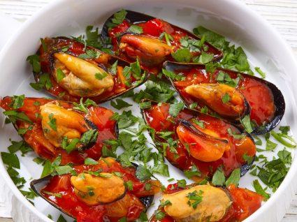 Amêijoas com molho de tomate: um petisco light para todo o ano