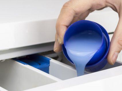 Detergente para roupa em pó ou líquido: qual escolher?