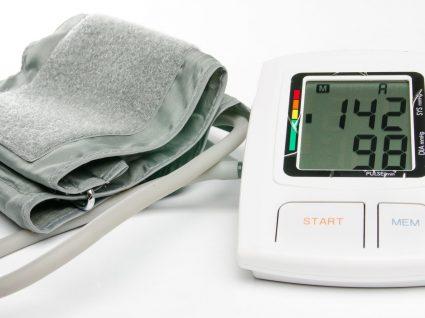 Descubra as 6 maneiras de baixar tensão arterial rapidamente