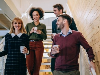 14 dicas sobre o que vestir no trabalho (para elas e eles)