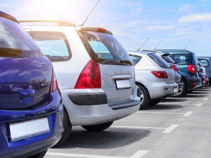 10 carros a gasolina baratos até 1 500€