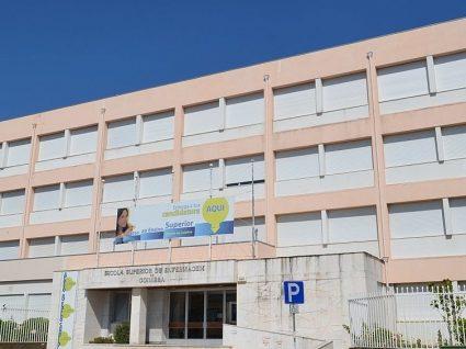 Escola Superior de Enfermagem de Coimbra está a recrutar