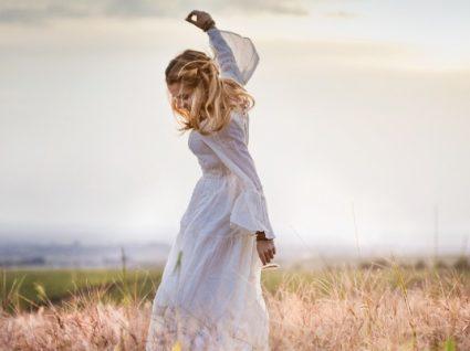 Inspire-se nestes 8 looks e saiba como usar vestidos compridos com mais estilo!