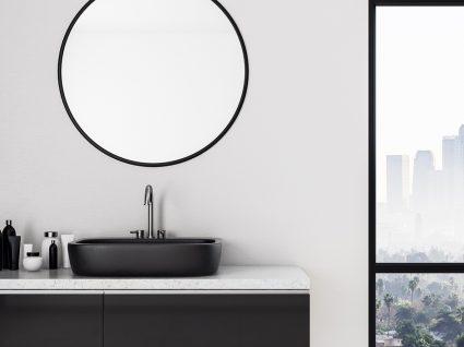Espelhos de casa de banho. Há alguém que dispense o seu?