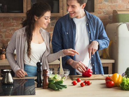 15 truques de cozinha para transformar os seus pratos