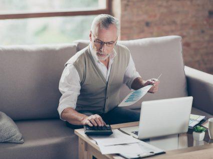 4 dicas essenciais dos especialistas para sobrar dinheiro no final do mês