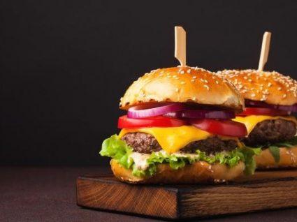 Publicidade a alimentos nocivos para menores vai passar a ser proibida