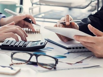 Compensa mais a consolidação de créditos ou negociar dívidas?