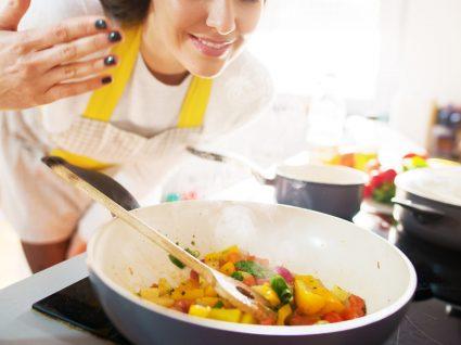Temos 10 dicas para cozinhar bem (e que o vão transformar num chef!)