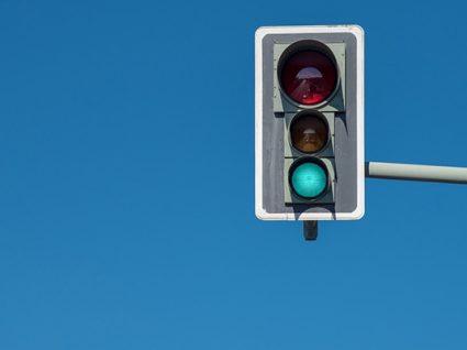 Contra a sinistralidade rodoviária: ACP quer radares nos semáforos
