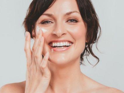 Tem pele madura? Aprenda a combater o envelhecimento no rosto