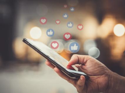 Como enviar uma mensagem no Facebook sem ter o Messenger