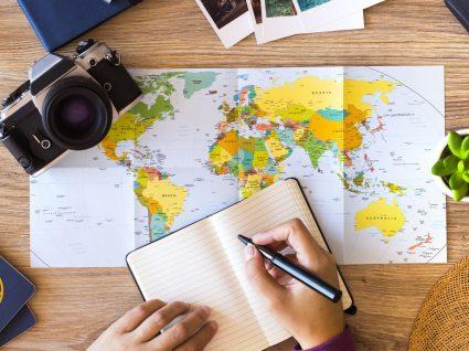 Incluir viagens no currículo pode valer-lhe 'aquele' emprego