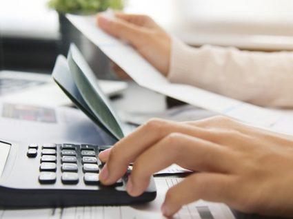 Fisco quer contribuintes a pagar IVA por débito direto